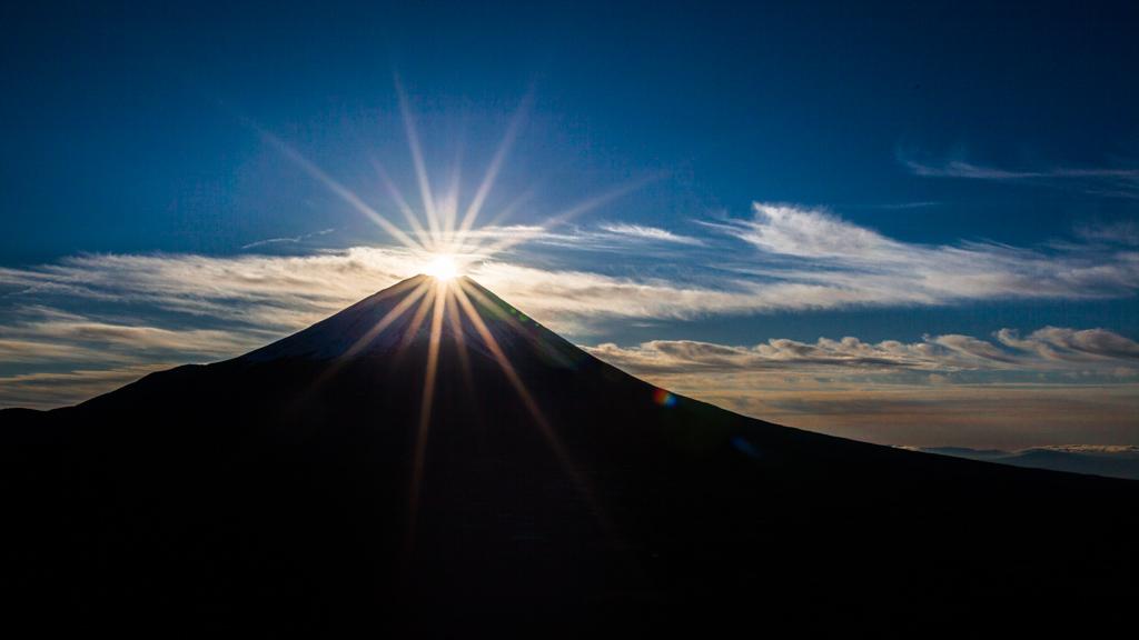 画像 : 太陽がダイヤモンドの ...
